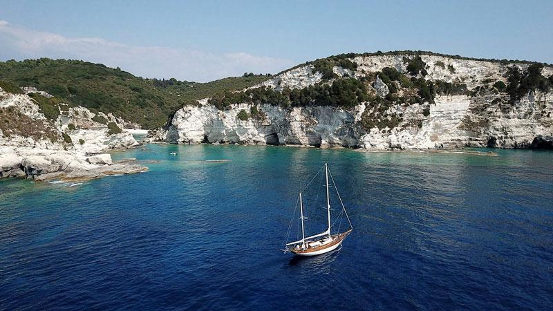 paxos sailing activites